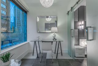"""Photo 1: 203 1177 HORNBY Street in Vancouver: Downtown VW Condo for sale in """"LONDON PLACE"""" (Vancouver West)  : MLS®# R2318752"""