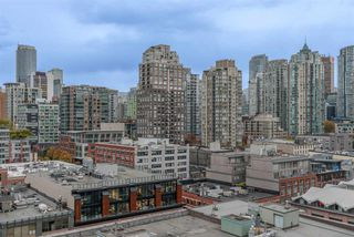 "Photo 15: 203 1177 HORNBY Street in Vancouver: Downtown VW Condo for sale in ""LONDON PLACE"" (Vancouver West)  : MLS®# R2318752"