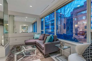 """Photo 3: 203 1177 HORNBY Street in Vancouver: Downtown VW Condo for sale in """"LONDON PLACE"""" (Vancouver West)  : MLS®# R2318752"""