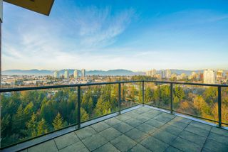 """Photo 5: 2402 6823 STATION HILL Drive in Burnaby: South Slope Condo for sale in """"BELVEDERE"""" (Burnaby South)  : MLS®# R2336774"""
