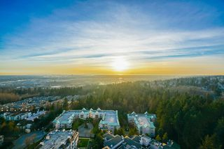 """Photo 2: 2402 6823 STATION HILL Drive in Burnaby: South Slope Condo for sale in """"BELVEDERE"""" (Burnaby South)  : MLS®# R2336774"""