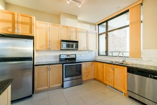 """Photo 13: 2402 6823 STATION HILL Drive in Burnaby: South Slope Condo for sale in """"BELVEDERE"""" (Burnaby South)  : MLS®# R2336774"""