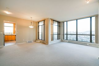 """Photo 10: 2402 6823 STATION HILL Drive in Burnaby: South Slope Condo for sale in """"BELVEDERE"""" (Burnaby South)  : MLS®# R2336774"""