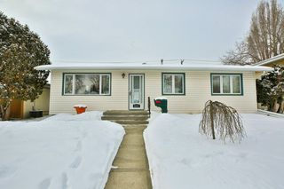 Main Photo:  in Edmonton: Zone 22 House for sale : MLS®# E4144215