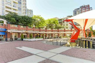 "Photo 15: 29 1088 MARINASIDE Crescent in Vancouver: Yaletown Condo for sale in ""QUAYSIDE MARINA"" (Vancouver West)  : MLS®# R2348250"