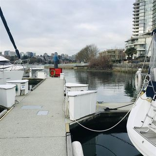 "Photo 6: 29 1088 MARINASIDE Crescent in Vancouver: Yaletown Condo for sale in ""QUAYSIDE MARINA"" (Vancouver West)  : MLS®# R2348250"