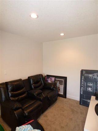 Photo 7: 13063 165 Avenue in Edmonton: Zone 27 House Half Duplex for sale : MLS®# E4148117