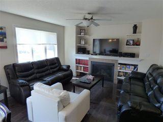 Photo 2: 13063 165 Avenue in Edmonton: Zone 27 House Half Duplex for sale : MLS®# E4148117