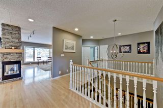 Photo 3: 880 WHEELER Road W in Edmonton: Zone 22 House for sale : MLS®# E4148545