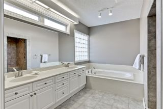 Photo 15: 880 WHEELER Road W in Edmonton: Zone 22 House for sale : MLS®# E4148545