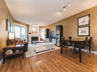 "Photo 2: 312 925 W 10TH Avenue in Vancouver: Fairview VW Condo for sale in ""LAUREL PLACE"" (Vancouver West)  : MLS®# R2357520"