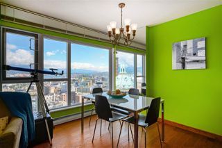 """Photo 3: 2602 183 KEEFER Place in Vancouver: Downtown VW Condo for sale in """"PARIS PLACE"""" (Vancouver West)  : MLS®# R2359164"""
