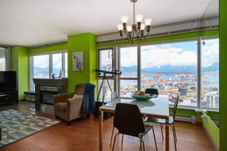 """Photo 4: 2602 183 KEEFER Place in Vancouver: Downtown VW Condo for sale in """"PARIS PLACE"""" (Vancouver West)  : MLS®# R2359164"""