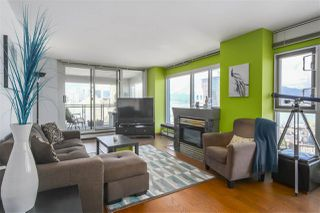 """Photo 6: 2602 183 KEEFER Place in Vancouver: Downtown VW Condo for sale in """"PARIS PLACE"""" (Vancouver West)  : MLS®# R2359164"""