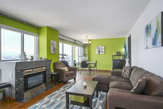 """Photo 5: 2602 183 KEEFER Place in Vancouver: Downtown VW Condo for sale in """"PARIS PLACE"""" (Vancouver West)  : MLS®# R2359164"""