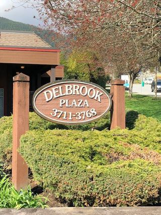 """Photo 1: 309 3721 DELBROOK Avenue in North Vancouver: Upper Delbrook Condo for sale in """"DELBROOK PLAZA"""" : MLS®# R2364369"""
