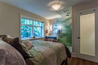 "Photo 10: 916 ALDERSIDE Road in Port Moody: North Shore Pt Moody House for sale in ""Oceanfront"" : MLS®# R2364592"