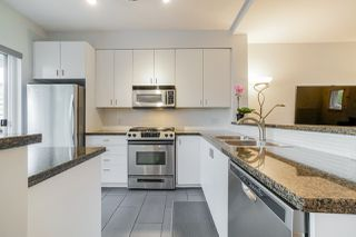 "Photo 8: 81 6878 SOUTHPOINT Drive in Burnaby: South Slope Townhouse for sale in ""CORTINA"" (Burnaby South)  : MLS®# R2369497"
