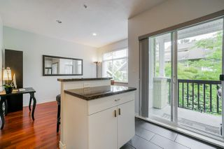 "Photo 10: 81 6878 SOUTHPOINT Drive in Burnaby: South Slope Townhouse for sale in ""CORTINA"" (Burnaby South)  : MLS®# R2369497"