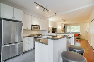 "Photo 9: 81 6878 SOUTHPOINT Drive in Burnaby: South Slope Townhouse for sale in ""CORTINA"" (Burnaby South)  : MLS®# R2369497"