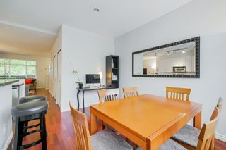 "Photo 12: 81 6878 SOUTHPOINT Drive in Burnaby: South Slope Townhouse for sale in ""CORTINA"" (Burnaby South)  : MLS®# R2369497"