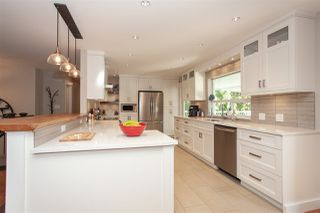 """Photo 6: 24096 52 Avenue in Langley: Salmon River House for sale in """"Salmon River"""" : MLS®# R2369475"""