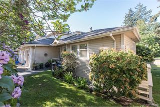 Main Photo: 12 850 Parklands Drive in VICTORIA: Es Gorge Vale Row/Townhouse for sale (Esquimalt)  : MLS®# 410750