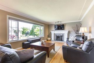 Photo 4: 1128 MILFORD Avenue in Coquitlam: Central Coquitlam House for sale : MLS®# R2372350