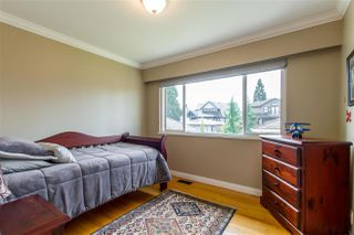 Photo 12: 1128 MILFORD Avenue in Coquitlam: Central Coquitlam House for sale : MLS®# R2372350