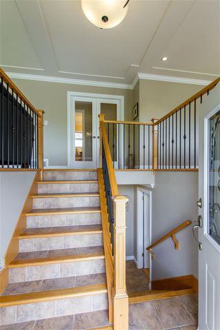 Photo 3: 1128 MILFORD Avenue in Coquitlam: Central Coquitlam House for sale : MLS®# R2372350