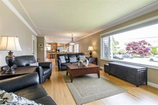 Photo 5: 1128 MILFORD Avenue in Coquitlam: Central Coquitlam House for sale : MLS®# R2372350