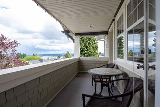 Photo 14: 902 CHILLIWACK Street in New Westminster: The Heights NW House for sale : MLS®# R2376935