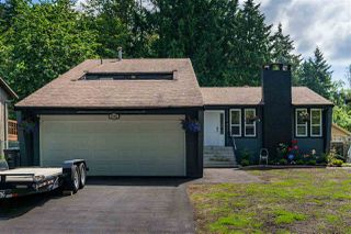 "Main Photo: 9288 149A Street in Surrey: Fleetwood Tynehead House for sale in ""Fleetwood"" : MLS®# R2377528"