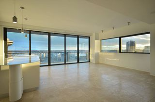 Photo 3: 3503 838 Hastings Street in Jameson House: Coal Harbour Home for sale ()  : MLS®# V926867