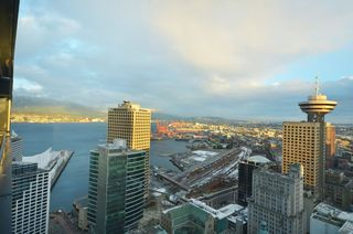 Photo 10: 3503 838 Hastings Street in Jameson House: Coal Harbour Home for sale ()  : MLS®# V926867