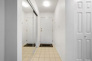 Photo 2: 209 1190 EASTWOOD Street in Coquitlam: North Coquitlam Condo for sale : MLS®# R2378773