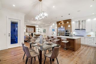 Photo 4: 16740 16A Avenue in Surrey: Pacific Douglas House for sale (South Surrey White Rock)  : MLS®# R2379859