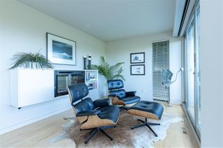 """Photo 4: 2796 BAYVIEW Street in Surrey: Crescent Bch Ocean Pk. House for sale in """"Crescent Beach"""" (South Surrey White Rock)  : MLS®# R2402471"""