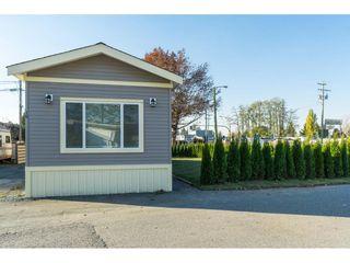 "Photo 2: 10A 26892 FRASER Highway in Langley: Aldergrove Langley Manufactured Home for sale in ""Aldergrove Mobile Home Park"" : MLS®# R2416854"