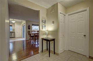 Photo 3: 233 RIVERGLEN DR SE in Calgary: Riverbend House for sale : MLS®# C4272152