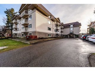 "Photo 1: 412 9186 EDWARD Street in Chilliwack: Chilliwack W Young-Well Condo for sale in ""Rosewood Gardens"" : MLS®# R2432810"