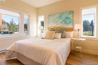 Photo 9: 301 2130 Sooke Road in VICTORIA: Co Hatley Park Row/Townhouse for sale (Colwood)  : MLS®# 421824