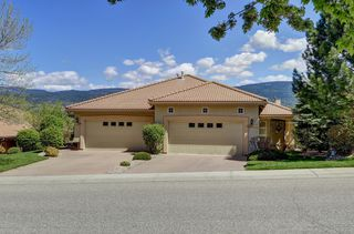 Photo 3: 2267 Capistrano Drive Kelowna