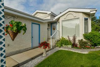 Photo 2: 44 ABERDEEN Way: Stony Plain House for sale : MLS®# E4203141