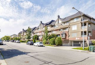 "Photo 27: 304 1428 56 Street in Delta: Beach Grove Condo for sale in ""BAYVIEW VILLAS"" (Tsawwassen)  : MLS®# R2473741"