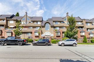 "Photo 28: 304 1428 56 Street in Delta: Beach Grove Condo for sale in ""BAYVIEW VILLAS"" (Tsawwassen)  : MLS®# R2473741"