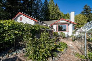 Photo 3: 2179 Henlyn Dr in Sooke: Sk John Muir House for sale : MLS®# 839202