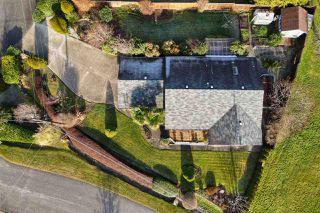 Photo 2: 6376 MARMOT Road in Sechelt: Sechelt District House for sale (Sunshine Coast)  : MLS®# R2525039