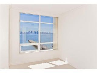 "Photo 4: 1104 162 VICTORY SHIP Way in North Vancouver: Lower Lonsdale Condo for sale in ""ATRIUM AT THE PIER"" : MLS®# V876116"