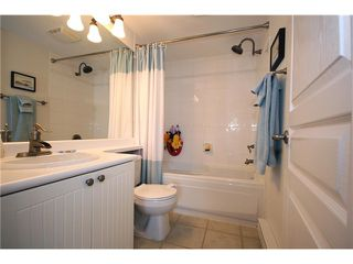 "Photo 8: 114 1702 56TH Street in Tsawwassen: Beach Grove Townhouse for sale in ""Beach Grove"" : MLS®# V893911"
